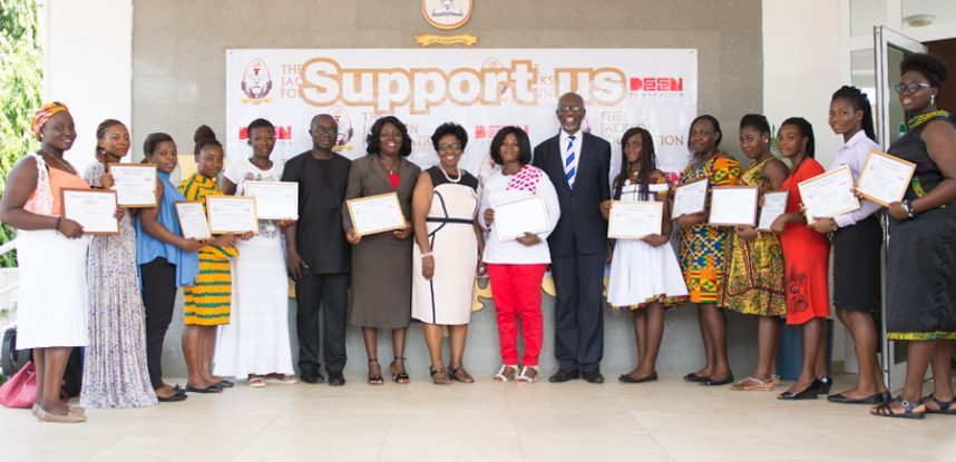 37 STUDENTS RECEIVE SCHOLARSHIP FROM JACKSON FOUNDATION