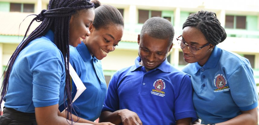 JCE SETS THE PACE FOR TRAINING AND STUDY OF FRENCH